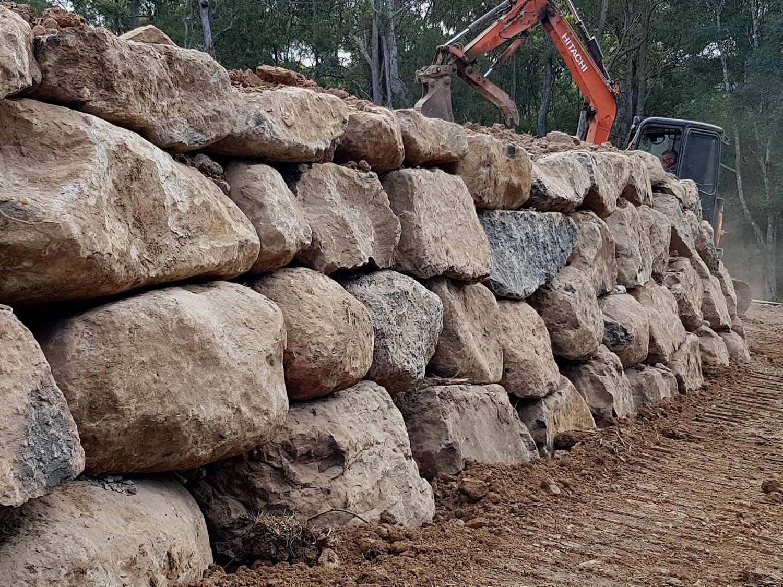 Rock Retaining wall gold coast brisbane