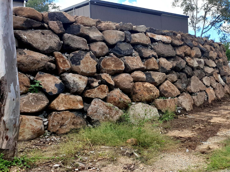 rock wall contractor gold coast