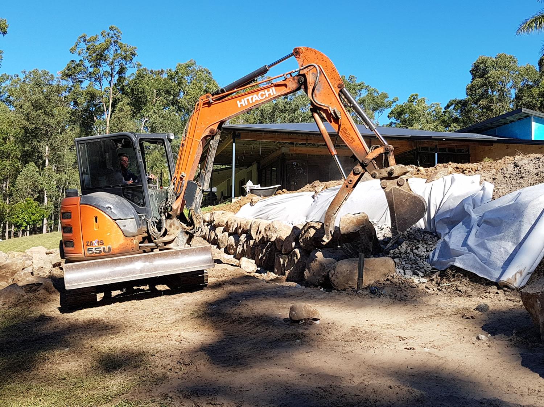 rock wall excavator operator gold coast